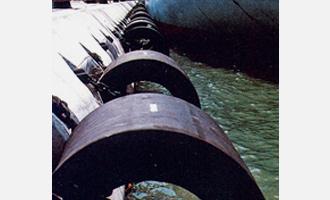 円筒型 防舷材