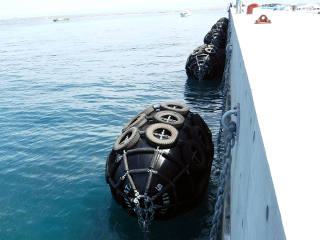 防舷材施工実績